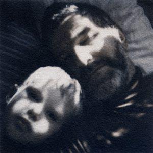 Pappa och Viktor, Polaroid 600, tvåfärgseparerad, kombinationstryck Cyan – Van dyke